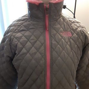 GIRL Size L 14/16 REVERSIBLE JACKET THE NORTH FACE